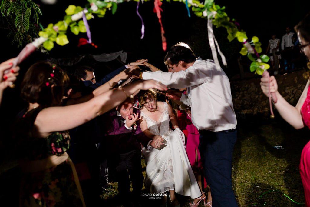 Amigos y ceremonia - Fotógrafo de bodas en Ciudad Real - Ángel y Vicen - David Copado