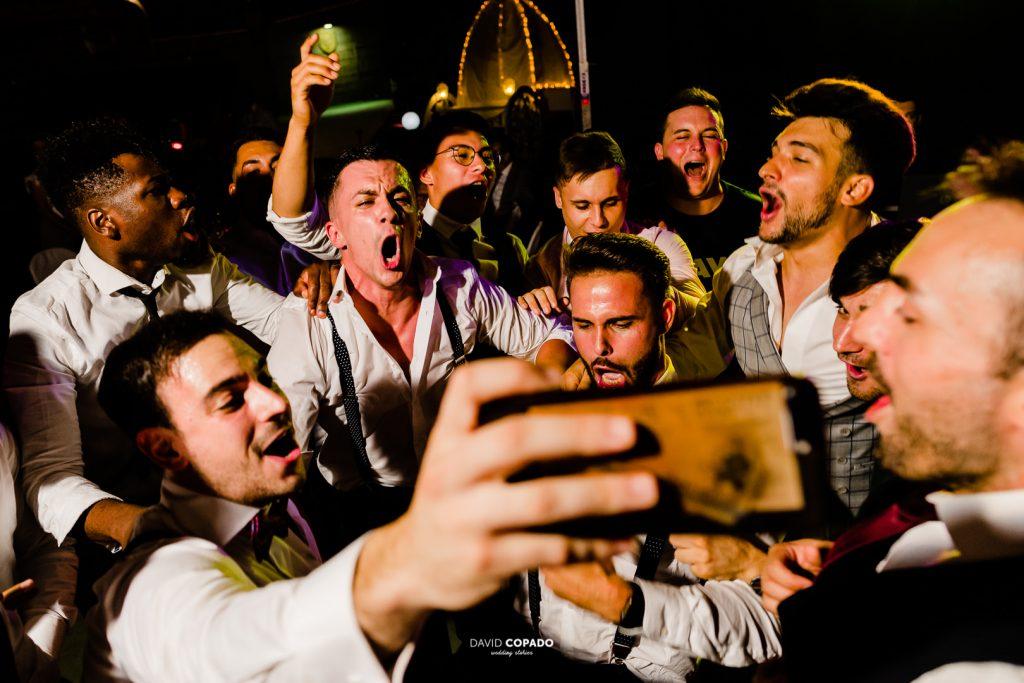 Amigos del novio - Fotógrafo de bodas en Ciudad Real - María Jesús y Álex - David Copado