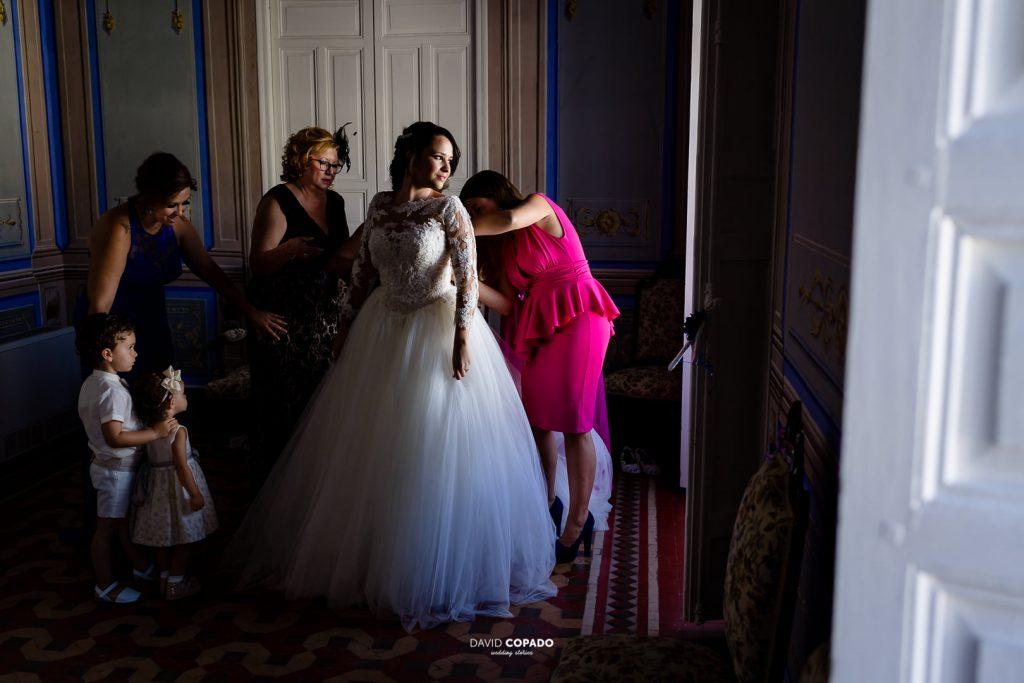 La novia y familia - Fotógrafo de bodas en Ciudad Real - María Jesús y Álex - David Copado