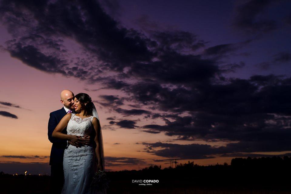 Sesión de pareja al atardecer por David Copado - Fotógrafo de bodas en Ciudad Real