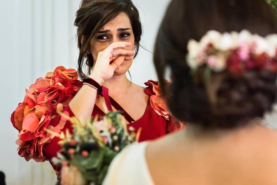 Hermana de la novia emocionada - Fotógrafo de bodas en Ciudad Real - David Copado