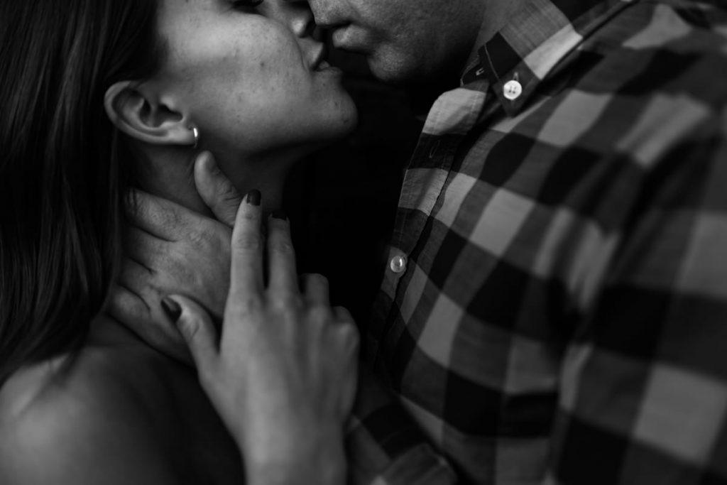 Beso de novios - Fotógrafo de bodas Ciudad Real - David Copado